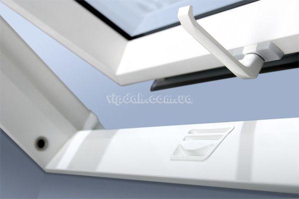 fakro-okno-dachowe-ptp-v-1